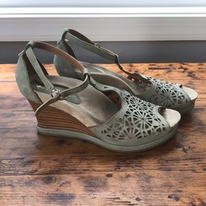 Earthies Leather T-Strap Wedges